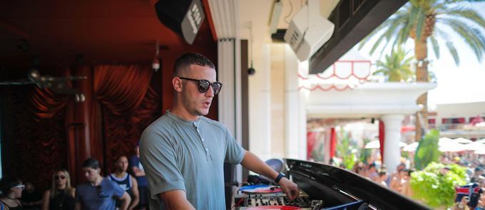 "DJ Snake, Yellow Claw Drop ""Ocho Cinco"""